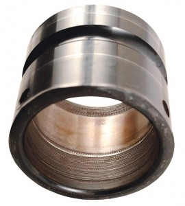 Scratching, gouging and general wear in the bore of an inner ring and on the OD of a shaft are indications of loss of lock. Sometimes, the setscrew tips will also be worn. Fretting wear can be present on the surfaces and is sometimes a precursor form of wear prior to loss of lock. This can be caused by improper tightening of the locking mechanism, undersized/worn/damaged shafting, frequent start/stop operation, or hardened or stainless steel shafting that prevents set screw penetration or holding. Photo: Emerson Power Transmission Solutions